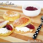 Welsh cakes con panna e fragole