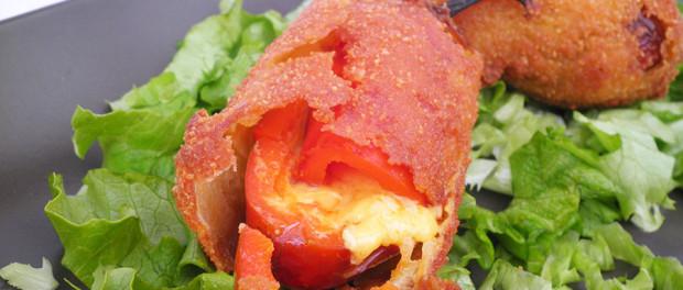 Jalapeno ripieni di cheddar chile relleno