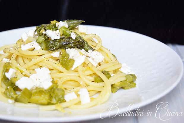 Spaghetti asparagi, feta e limone
