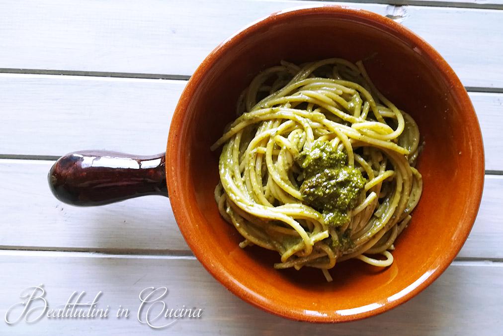 Spaghetti al pesto fresco