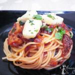Spaghetti pesce spada e pesto di pomodori
