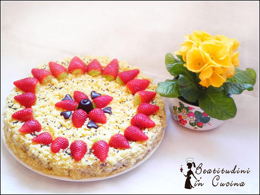 Torta mimosa alle fragole