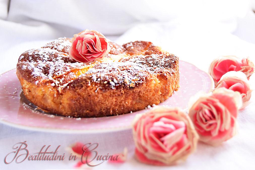 Torta di mele e rose