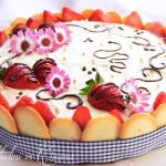 Torta mousse cioccolato bianco e fragole