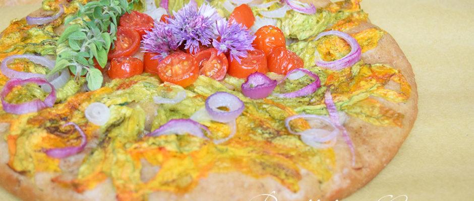 Focaccia ai fiori di zucca e pomodorini