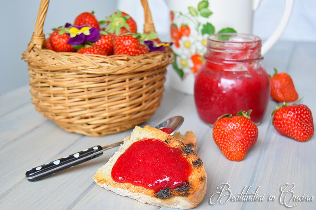 Confettura di fragole e vaniglia01