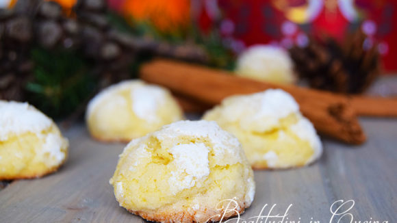 Biscotti morbidi all'arancia e cannella