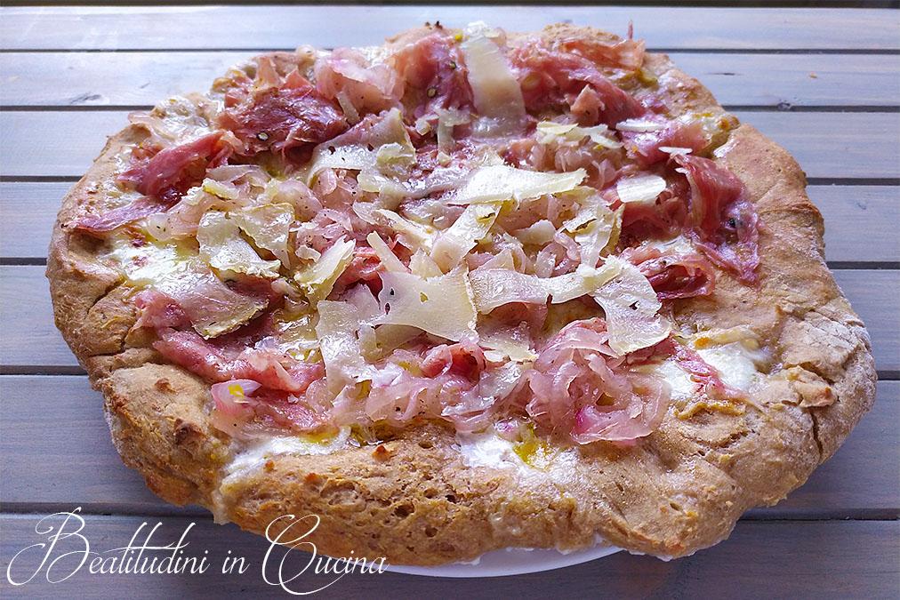 Pizza fiorentina con finocchiona e pecorino